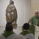 Papa: humildade e mansidão para curar e converter