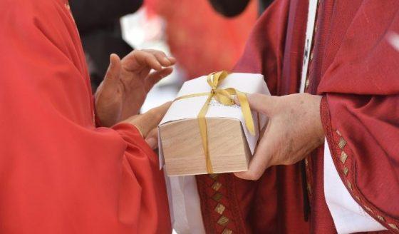 Três brasileiros vão receber o pálio das mãos do Papa